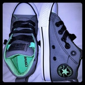 Brand new Converse! Toddler 11